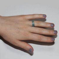Ring met blauwe en zilveren glitters