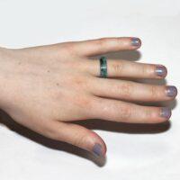Blauwe ring met glow in the dark